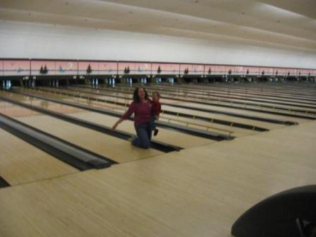 knee-bowling.jpg